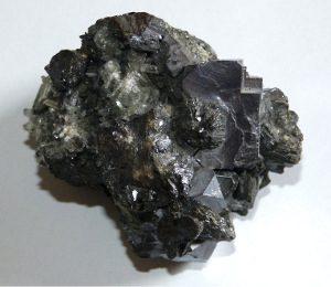 Galène à faces légèrement courbes, mine d'Erma Reka, Bulgarie. Champ 10 cm